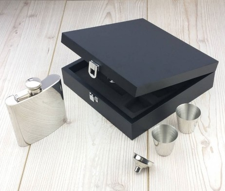 Luxury Engraved Hip Flask Presentation Set - SaRflc11Luxury Engraved Hip Flask Presentation Set - SaRflc11